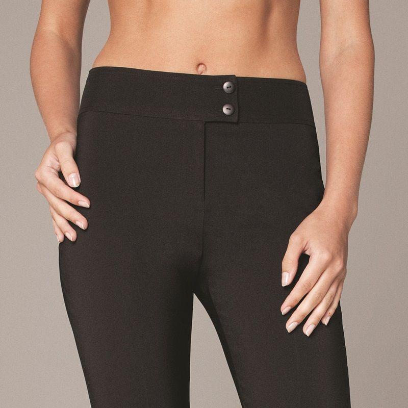 59df8e8070a ... Pantalon 7 8 esthéticienne slim bi-stretch Noir ...