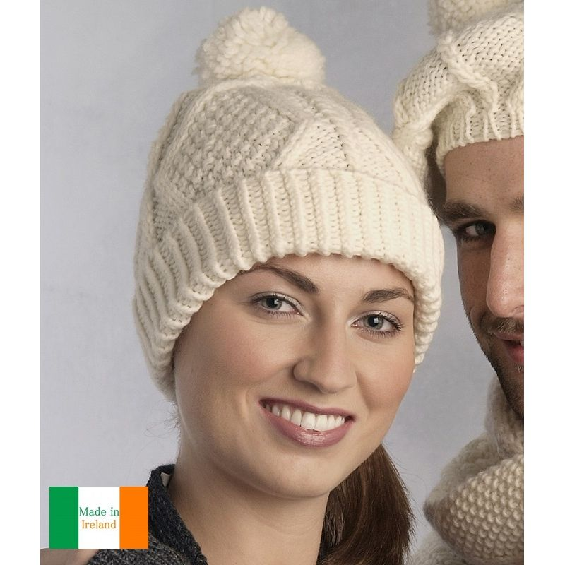 Bonnet traditionnel Irlandais, 100% Laine Mérinos extra douce, Couleur écru