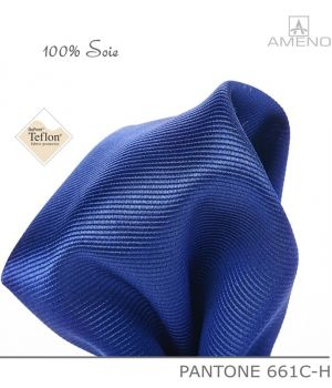 Pochette de costume 100% Soie, Bleu Saphir, Doux au toucher, Carré 25 x 25 cm