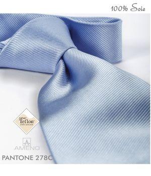 Cravate 100% Soie, Bleu ciel, Doux au toucher, Traité anti taches, Largeur 7 cm