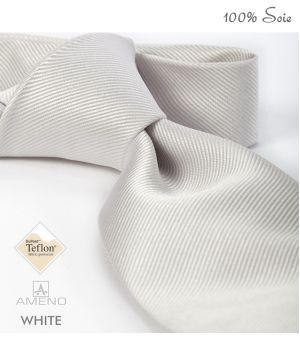 Cravate 100% Soie, Blanche, Doux au toucher, Traité anti taches, Largeur 7 cm