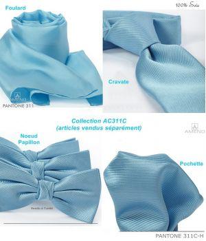 Pochette de costume 100% Soie, Bleu azur , Doux au toucher, Carré 25 x 25 cm