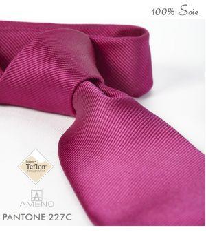 Cravate 100% Soie, Fuschia, Doux au toucher, Traité anti taches, Largeur 7 cm