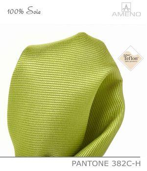 Pochette de costume 100% Soie, Vert chartreuse, Doux au toucher, Carré 25 x 25 cm