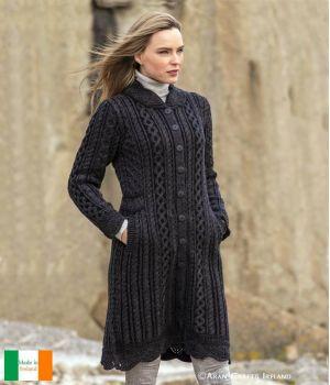 Magnifique Manteau Irlandais Femme, Couleur Mélange de Gris Charbon